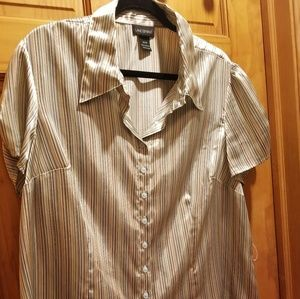 Delightful striped Lane Bryant blouse cap sleeve